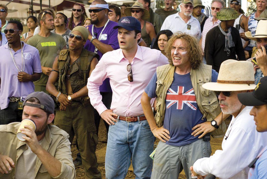 Haben die Schnauze voll von den Allüren der Schauspieler: Regisseur Damien Cockburn (Steve Coogan, r.) und Co-Produzent Rob Slolom (Bill Hader, l.)... - Bildquelle: 2008 DreamWorks LLC. All Rights Reserved.