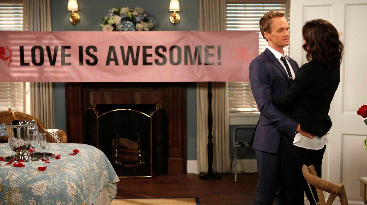 Sind glücklich miteinander: Barney (Neil Patrick Harris, l.) und Robin (Cobie Smulders, r.) ... - Bildquelle: 2013 Twentieth Century Fox Film Corporation. All rights reserved.