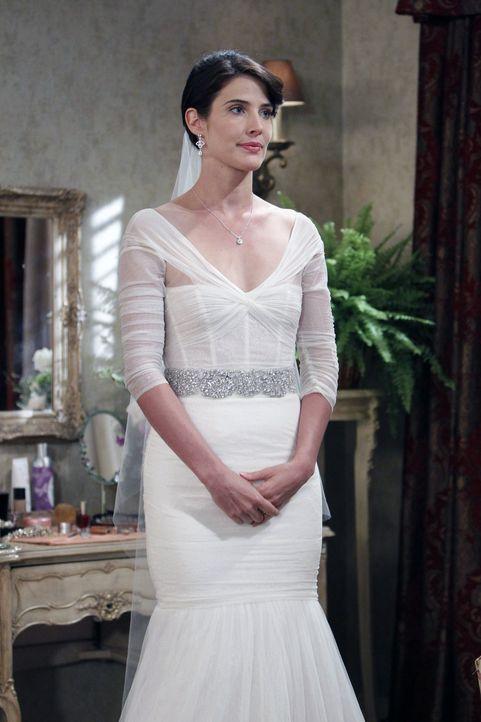 Ist nervös und bittet Ted, sie zu beruhigen: Robin (Cobie Smulders) ... - Bildquelle: 20th Century Fox International Television
