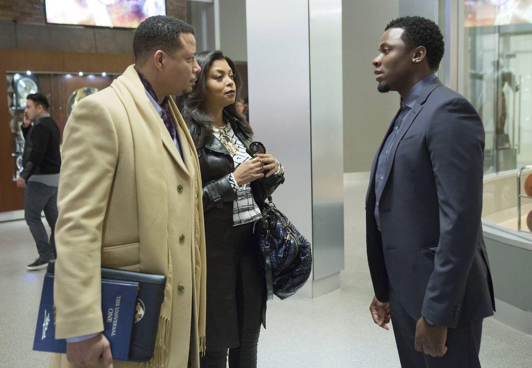 Weil Lucious (Terrence Howard, l.) und Cookie (Taraji P. Henson, M.) um ihre Sicherheit fürchten, bitten sie Malcom (Derek Luke, r.) um seine Hilfe.... - Bildquelle: 2015 Fox and its related entities.  All rights reserved.