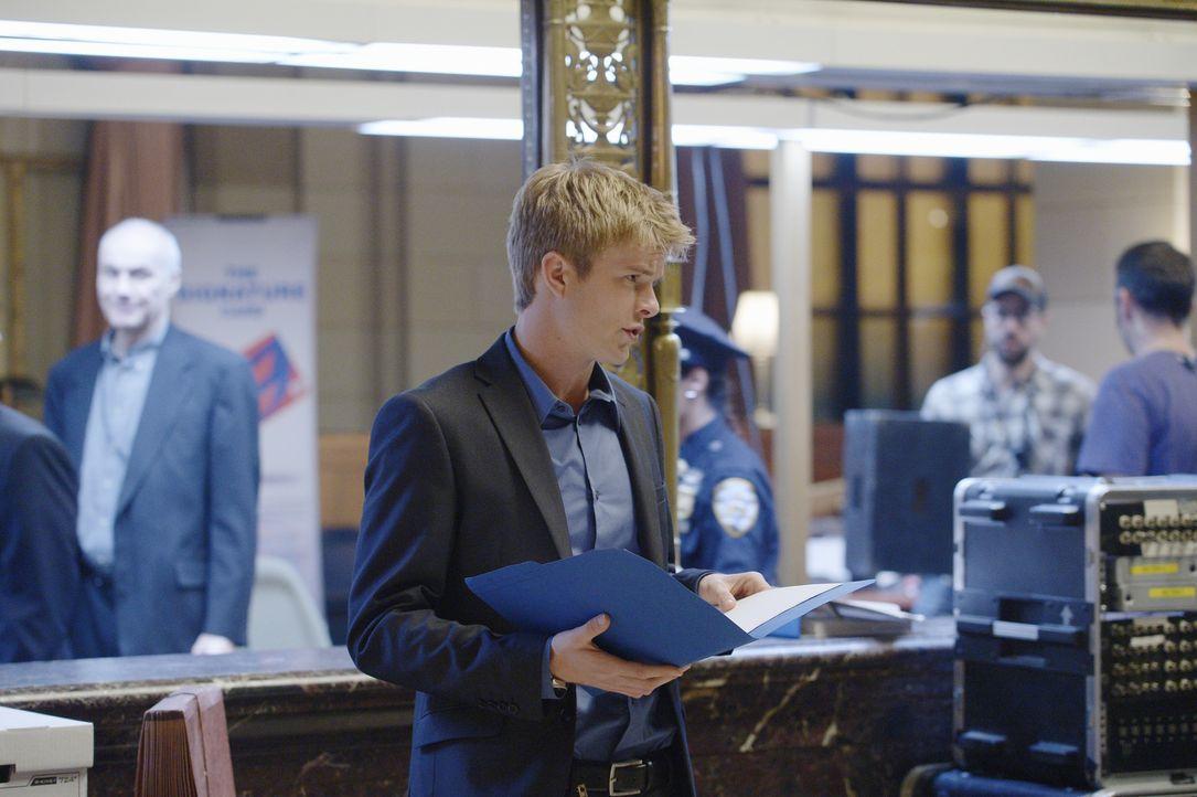 Auf welcher Seite steht Caleb (Graham Rogers)? Wird er Alex unterstützen oder seinen Vater? - Bildquelle: Philippe Bosse 2015 ABC Studios