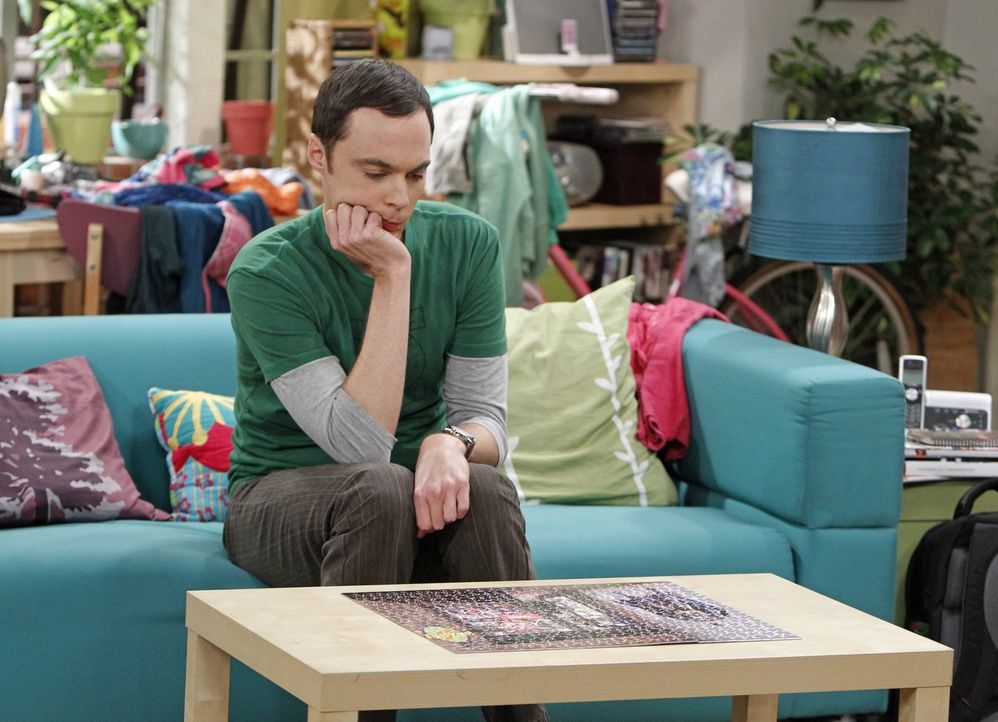 Ist mit Penny als Schnitzeljagd-Partner nicht zufrieden: Sheldon (Jim Parsons) ... - Bildquelle: Warner Brothers