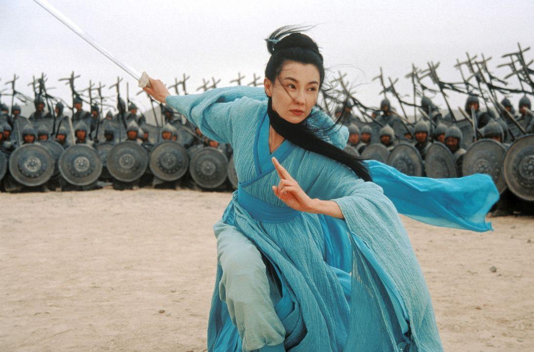 Flying Snow (Maggie Cheung) will mit allen Mitteln verhindern, dass der König von Qin als Kaiser über ganz China herrscht. Da setzt der Herrscher... - Bildquelle: Constantin Film