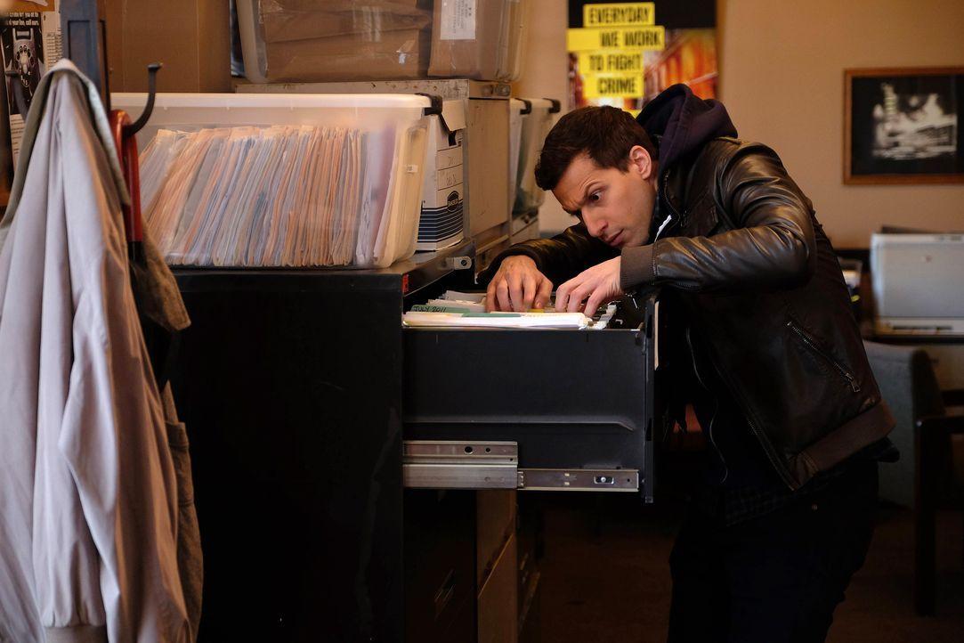 Jake Peralta (Andy Samberg) - Bildquelle: John P. Fleenor 2015 UNIVERSAL TELEVISION LLC. All rights reserved. / John P. Fleenor