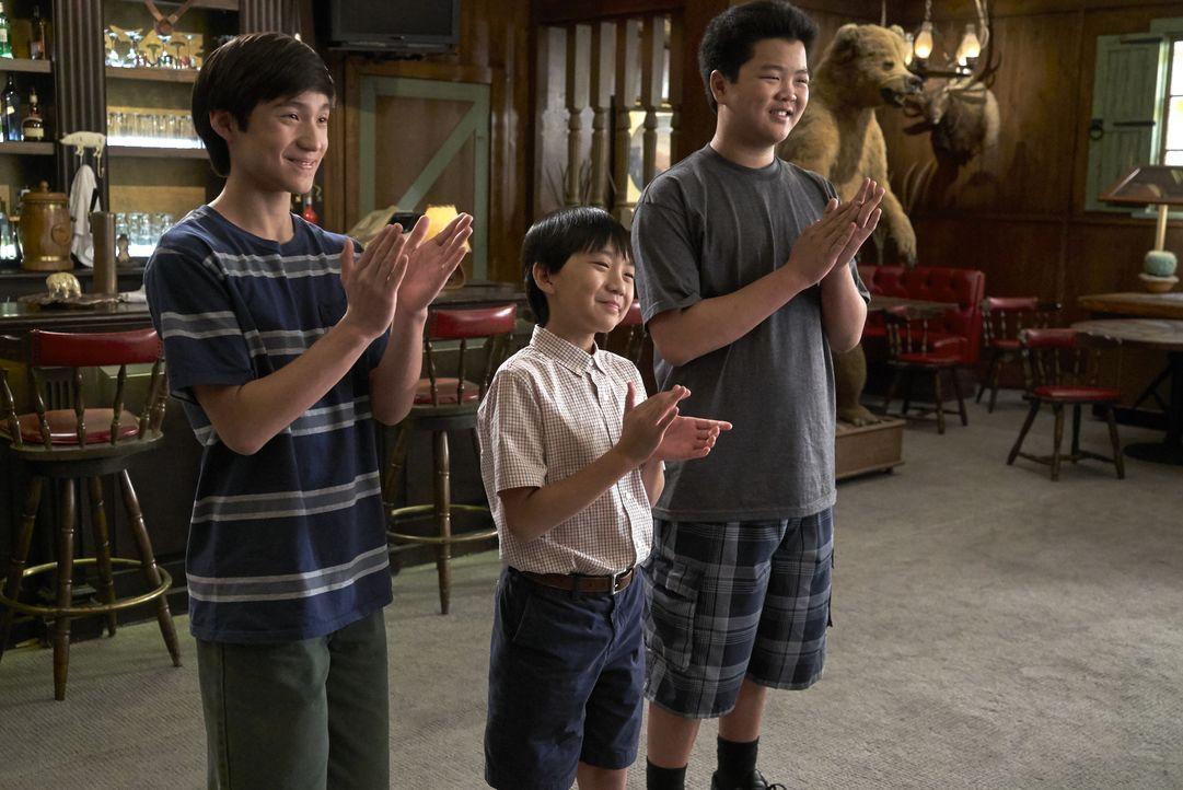 (v.l.n.r.) Emery Huang (Forrest Wheeler); Evan Huang (Ian Chen); Eddie Huang (Hudson Yang) - Bildquelle: 2018-2019 American Broadcasting Companies. All rights reserved.