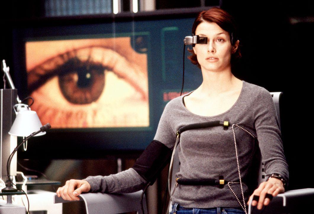 Wer ist Layla (Bridget Moynahan) wirklich? Auf wessen Seite steht sie? - Bildquelle: Kerry Hayes 2003 Spyglass Entertainment Group, LP. All Rights Reserved. / Kerry Hayes