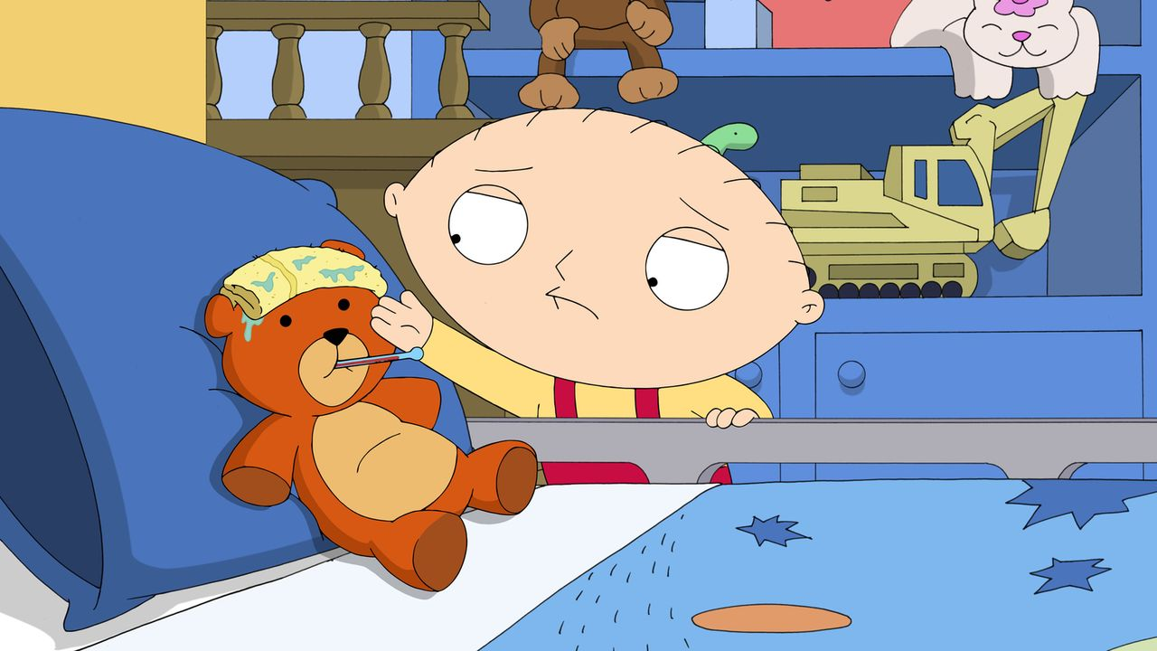 Es bricht Panik aus, als die Griffins versuchen, Stewie (r.) vor Viren zu schützen. Als er vorgibt, Rupert (l.) sei krank, flieht er aus dem Haus. - Bildquelle: 2016-2017 Fox and its related entities.  All rights reserved.