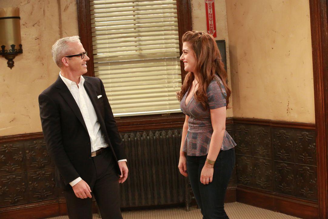 Jess Cagle (Jess Cagle, l.); Angela (Mimi Gianopulos, r.) - Bildquelle: Ron Tom ABC Family
