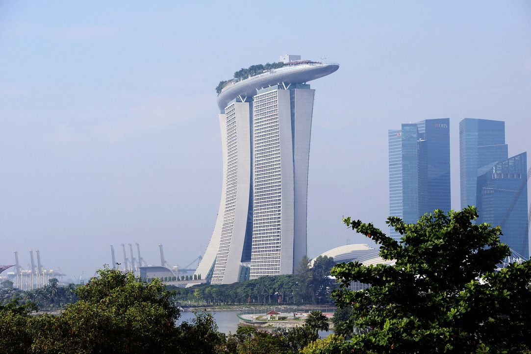 GNTM-Stf09-Epi01-Singapur-Ankunft-05-ProSieben-Oliver-S - Bildquelle: ProSieben/Oliver S.