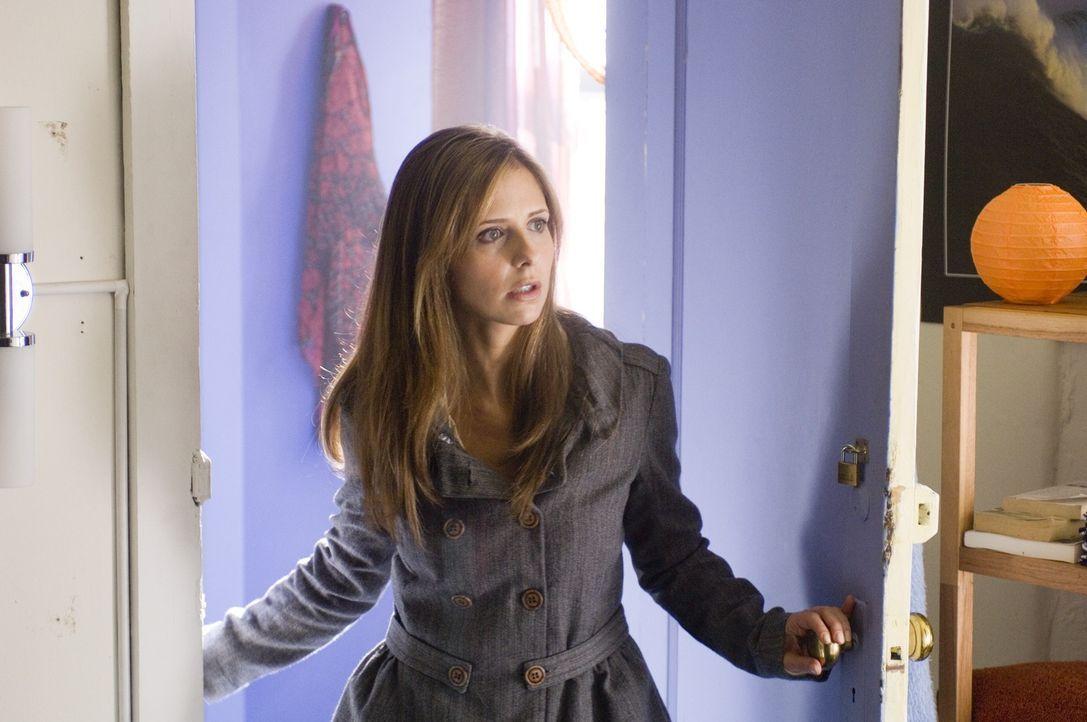 Jess (Sarah Michelle Gellar) ist völlig durcheinander, denn seit dem Autounfall scheint der Geist ihres netten Ehemannes im Körper seines weit wenig...