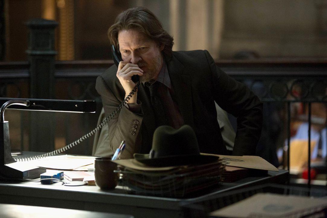 Jim Gordon wurde verhaftet und sitzt im Gefängnis. Bullock (Donal Logue) versucht alles, um die Unschuld seines Partners zu beweisen; allerdings kom... - Bildquelle: Warner Brothers