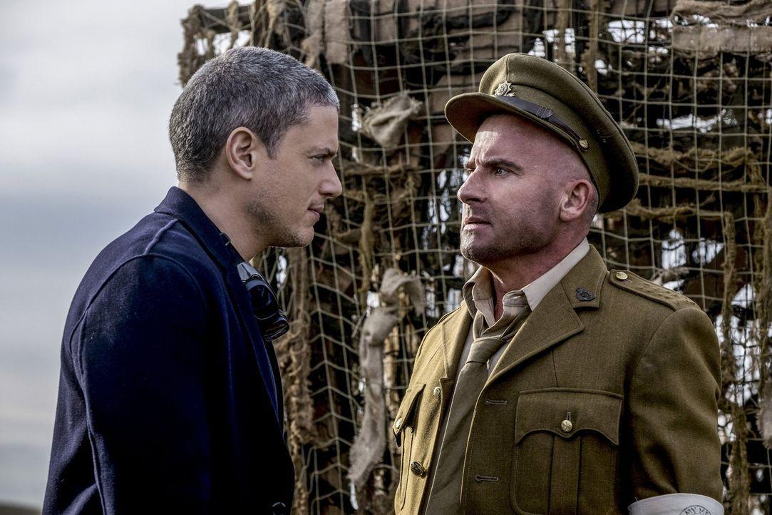 Unerfreuliches Wiedersehen: Kämpfen Snart alias Captain Cold (Wentworth Miller, l.) und Mick (Dominic Purcell, r.) wirklich auf unterschiedlichen Se... - Bildquelle: Warner Brothers