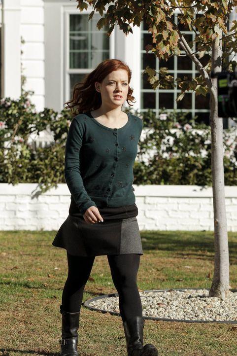 Seit ihr Ex-Freund Ryan wieder in Chatswin ist, denkt Tessa (Jane Levy) nur noch darüber nach, wie sie ihm wieder näherkommen kann ... - Bildquelle: Warner Brothers
