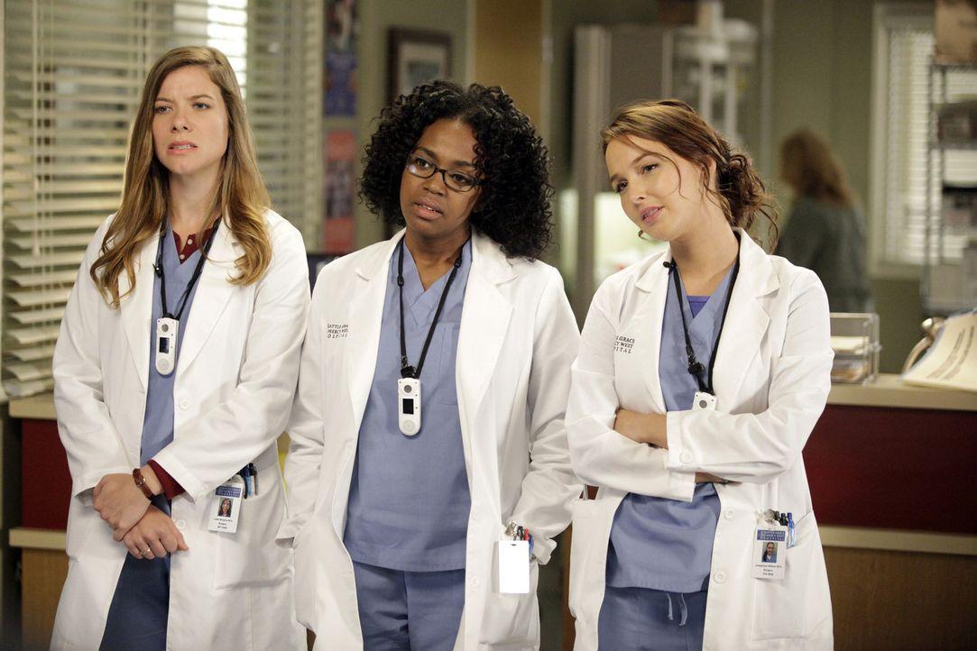 Ein anstrengender Tag wartet auf Leah (Tessa Ferrer, l.), Stephanie (Jerrika Hinton, M.) und Jo (Camilla Luddington, r.) ... - Bildquelle: ABC Studios