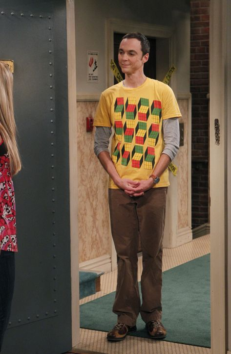 Sheldon (Jim Parsons, r.) bittet Penny (Kaley Cuoco, l.), ihn zu einer Verabredung mit Amy zu fahren ... - Bildquelle: Warner Bros. Television