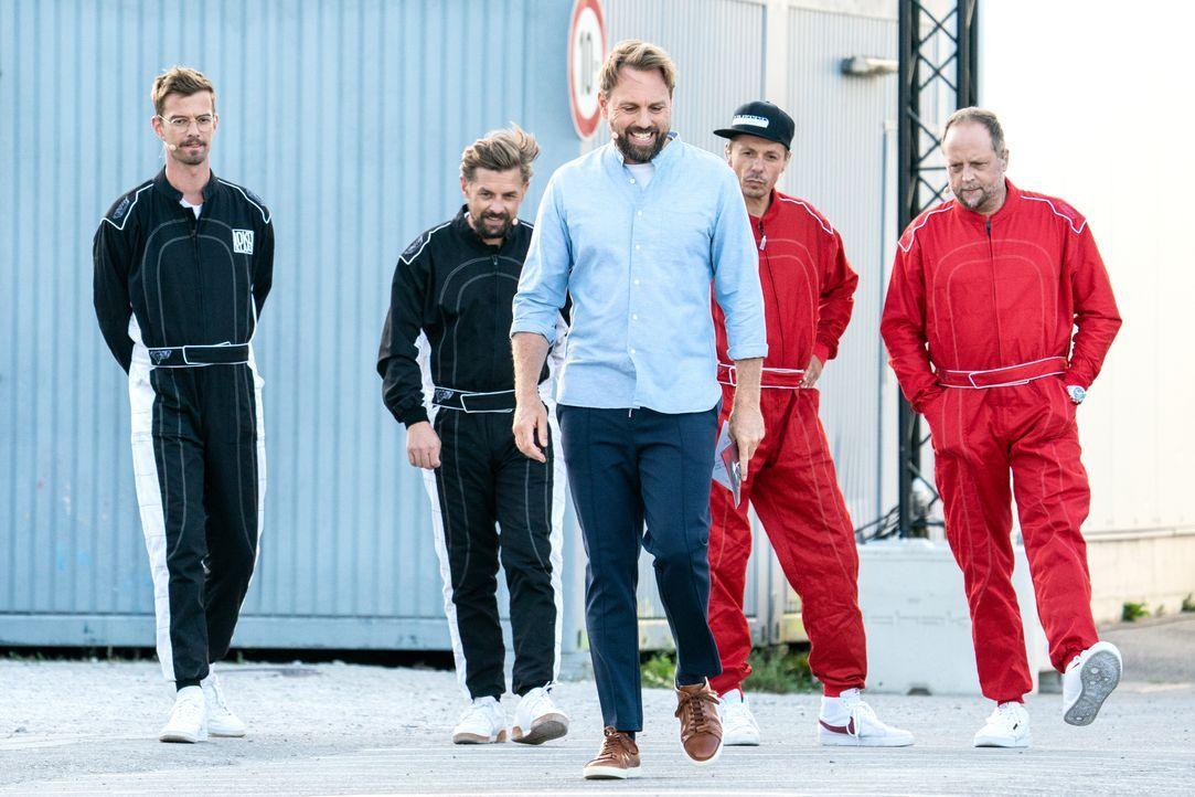 (v.l.n.r.) Joko Winterscheidt; Klaas Heufer-Umlauf; Steven Gätjen; Michi Beck; Smudo - Bildquelle: Jens Hartmann ProSieben / Jens Hartmann