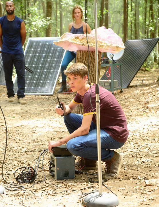 Wird Joes (Colin Ford) Erfindung wirklich die erhoffte Wirkung haben? - Bildquelle: 2015 CBS Studios Inc.