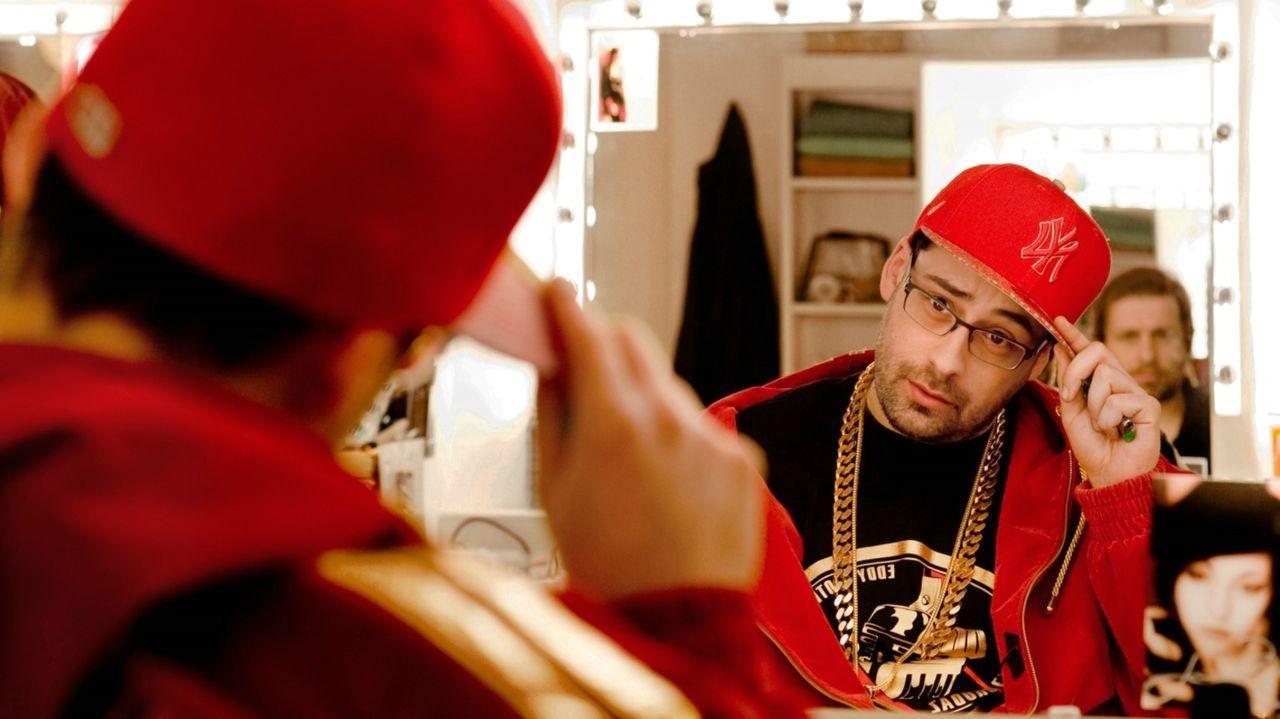 Als es Otis (Sido) und Eddy gelingt, die Aufmerksamkeit von HipHop-Urgestein Fusco zu wecken, der schon manches Talent in der Hip-Hop-Szene nach obe... - Bildquelle: Gordon Mühle 2011 Constantin Film Verleih GmbH