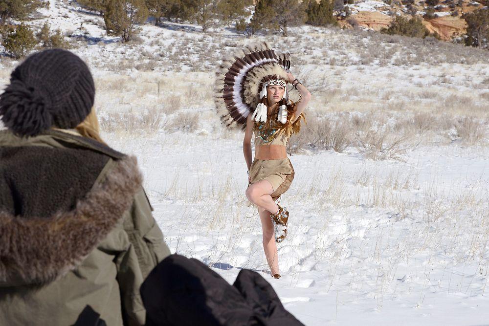 GNTM-Stf09-Epi08-Indianer-Shooting-04-ProSieben-Oliver-S - Bildquelle: ProSieben/Oliver S.
