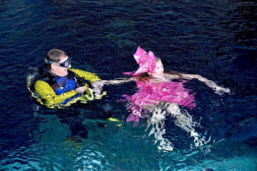 gntm-stf08-epi02-unterwasser-shooting-63-oliver-s-prosiebenjpg 2000 x 1331 - Bildquelle: Oliver S. - ProSieben