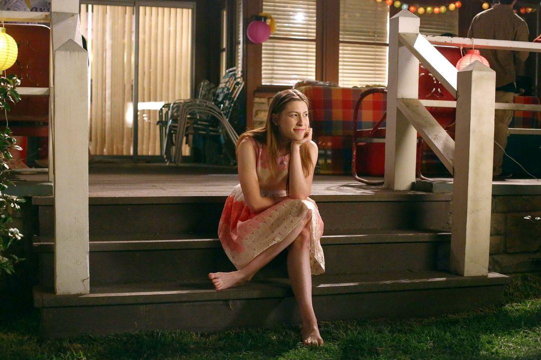 Sue (Eden Sher) - Bildquelle: Warner Brothers