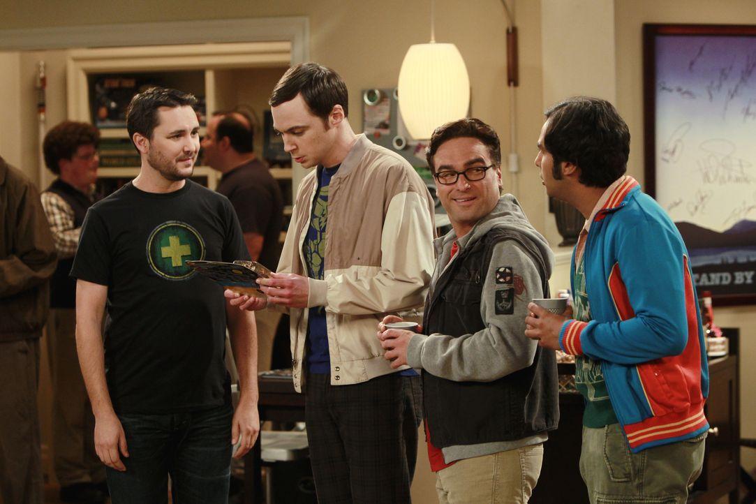 (v.l.n.r.) Wil Wheaton; Sheldon Cooper (Jim Parsons); Leonard Hofstadter (Johnny Galecki); Rajesh Koothrappali (Kunal Nayyar) - Bildquelle: Monty Brinton 2011 CBS Broadcasting, Inc. All Rights Reserved. / Monty Brinton