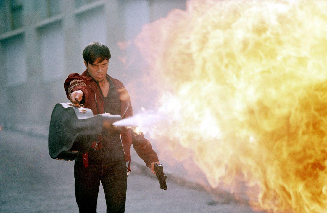 Lorenzo (Enrique Iglesias) sollte man besser nicht in die Quere kommen ... - Bildquelle: Columbia Pictures Corporation