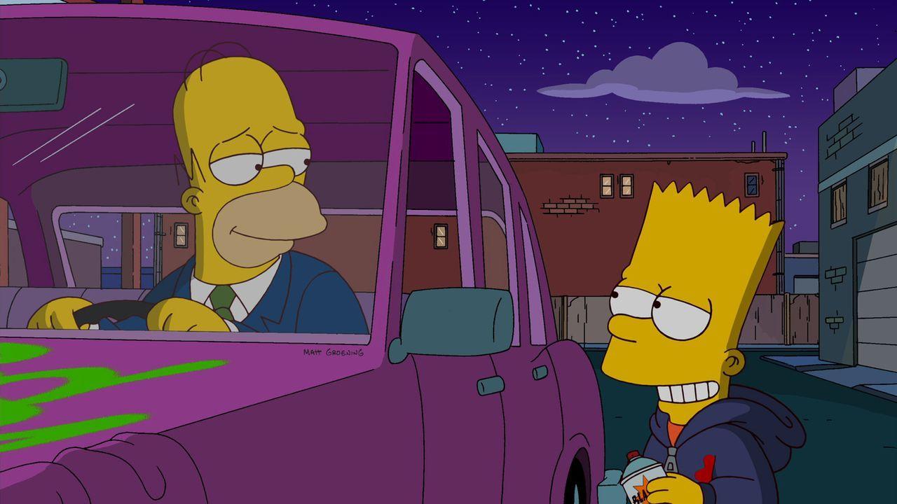 Um es seinem Vater heimzuzahlen, dass er ihn in einem Käfig gesperrt hat, wird Bart (r.) zum Graffiti-Künstler und hinterlässt in ganz Springfiel... - Bildquelle: und TM Twentieth Century Fox Film Corporation - Alle Rechte vorbehalten