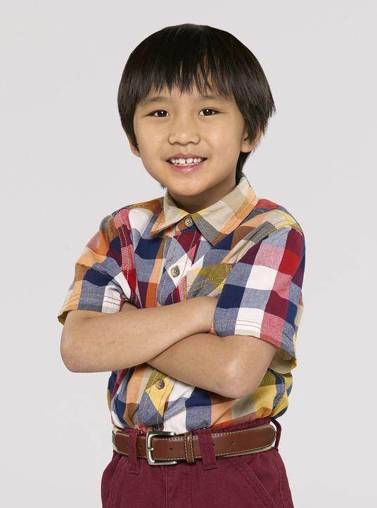 (1. Staffel) - Evan Huang (Ian Chen), der Jüngste im Bunde der Familie, ist ein Muttersöhnchen und traut er sich selten alleine vor die Haustür ... - Bildquelle: 2015 American Broadcasting Companies. All rights reserved.