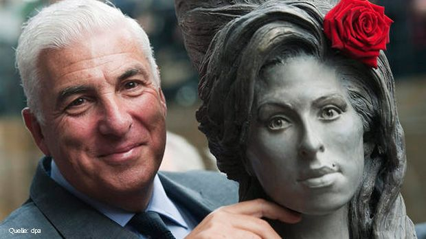 Amy-Winehouse-Mitch-Winehouse-Schnappi-dpa - Bildquelle: dpa