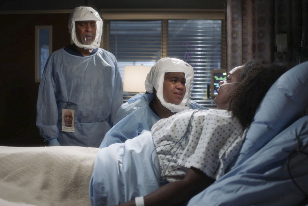 (v.l.n.r.) Dr. Richard Webber (James Pickens Jr.); Dr. Miranda Bailey (Chandra Wilson); Elena Bailey (Bianca Taylor) - Bildquelle: 2020 American Broadcasting Companies, Inc. All rights reserved.