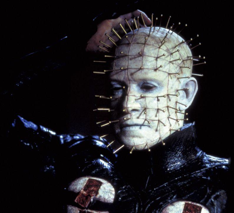 Cenobiten-Anführer Pinhead (Doug Bradley) ist ein Dämon, der sich an Schmerz, dem fremden sowie dem eigenen, ergötzt ... - Bildquelle: Miramax Films