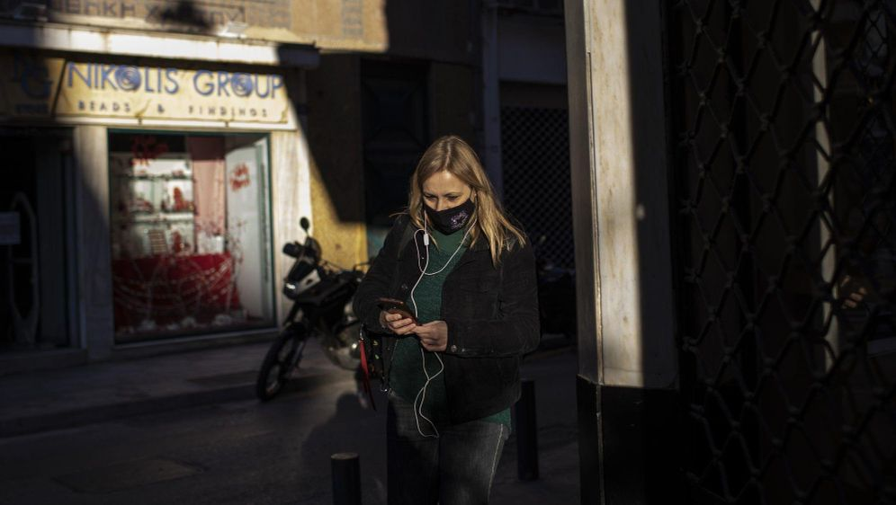- Bildquelle: Petros Giannakouris/AP/dpa