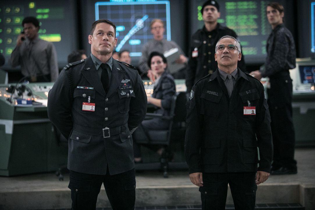 Agent Burns (John Cena, l.); Dr. Powell (John Ortiz, r.) - Bildquelle: Jamie Trueblood 2018 Paramount Pictures. All Rights Reserved. / Jamie Trueblood