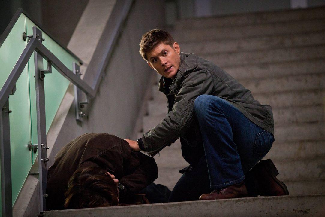 Die Nekromanten würden für ein ganz besonderes Buch töten. Kann Dean (Jensen Ackles) ihnen entkommen? - Bildquelle: Warner Bros. Television