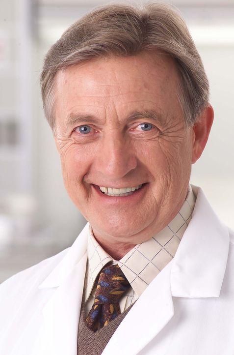 (1. Staffel) - Der väterlich wirkende Chefarzt Dr. Bob Kelso (Ken Jenkins) bietet seinen Jungen Standeskollegen an, dass sie sich jederzeit mit Frag... - Bildquelle: Touchstone Television