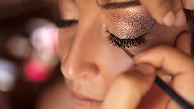Für das perfekte Make-up benötigst du auch den richtigen Pinsel - wir haben d...