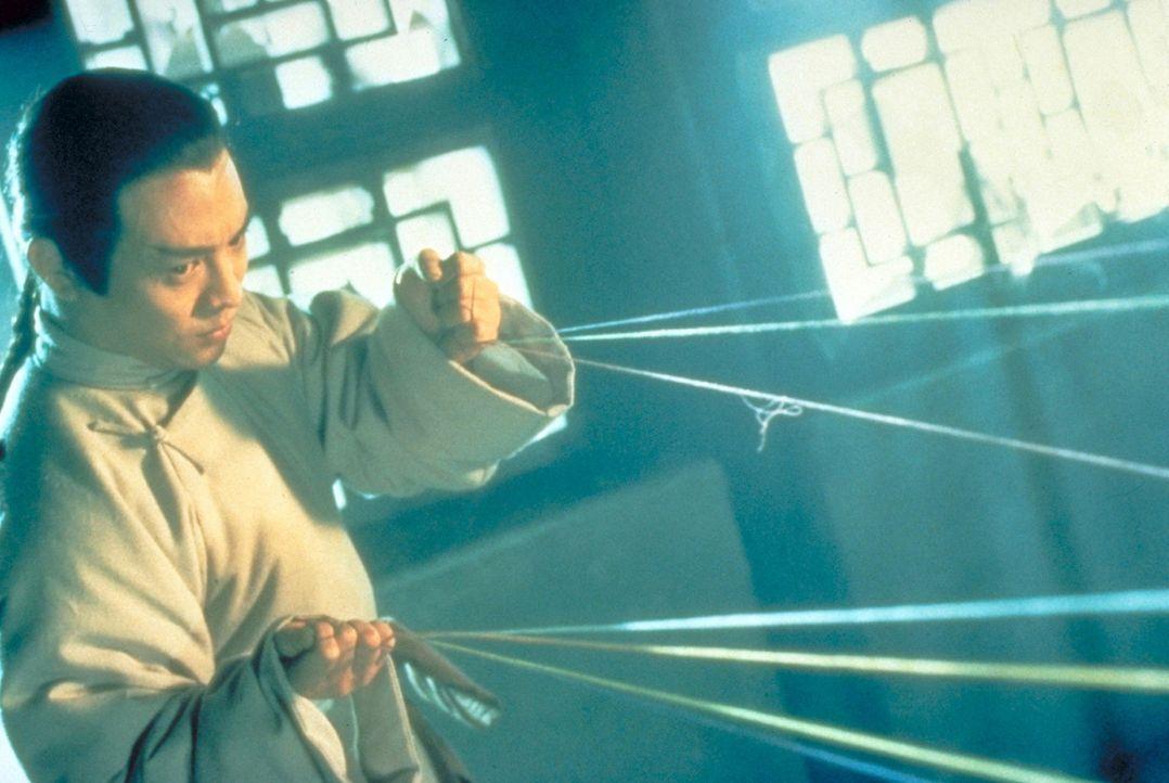 Die Mandschus beherrschen China mit brutaler Gewalt. Alle, die gegen sie kämpfen, werden erbarmungslos verfolgt - auch Hong Hey Kwun (Jet Li) ...
