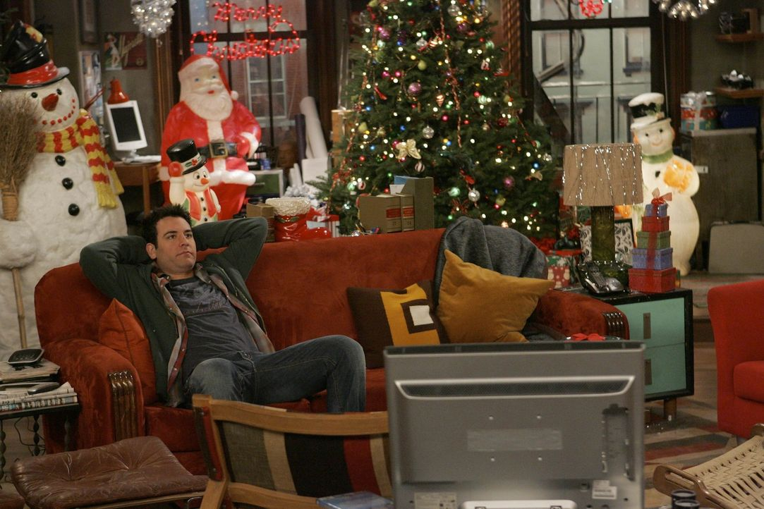 Weihnachten steht vor der Tür: Nach einem Streit mit Lily verläuft für Ted (Josh Radnor) das bevorstehende Weihnachtsfest leider anders als gepla... - Bildquelle: 20th Century Fox International Television