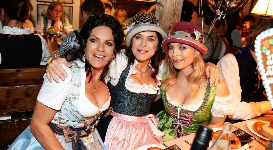 Oktoberfest-Christine-Neubauer-Anja-Kruse-Regina-Halmich-13-09-22-dpa - Bildquelle: dpa picture alliance