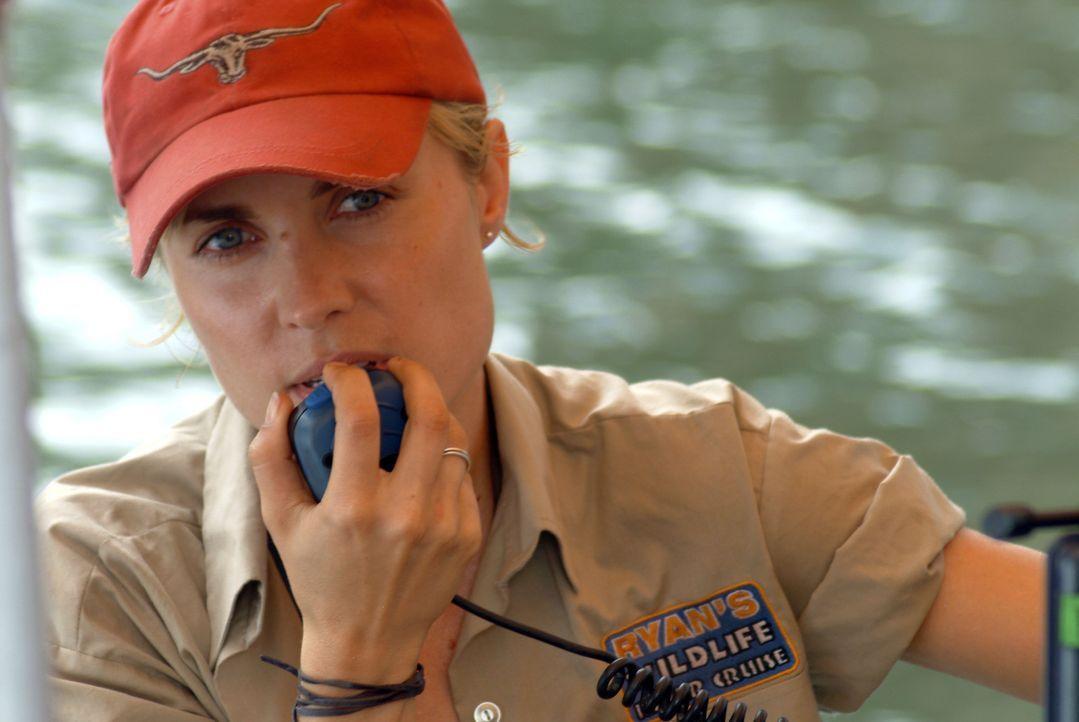 Noch ahnt die attraktive Bootsführerin Kate (Radha Mitchell) nicht, dass in den unbekannten Gewässern eine hungrige monströse Panzerechse auf sie...