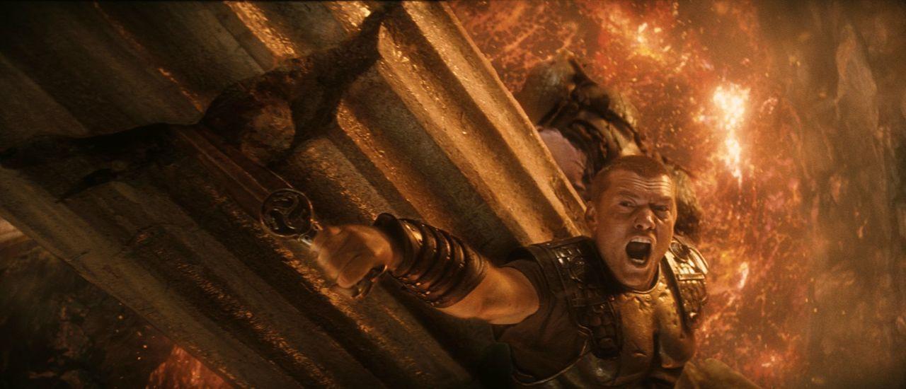 In der Unterwelt warten immer wieder große Gefahren auf den jungen Halbgott Perseus (Sam Worthington) und die Hexen versprechen ihm keine Zukunft ... - Bildquelle: 2010 Warner Bros.