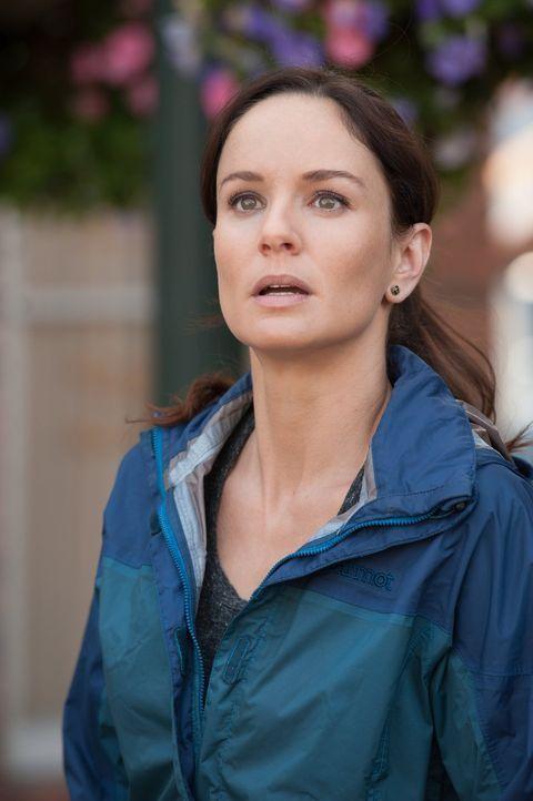 Wirbelsturmjägerin und Meteorologin Allison (Sarah Wayne Callies) begibt sich auf eine gefährliche Mission, von der nicht alle lebend zurückkommen w... - Bildquelle: 2014   Warner Bros.