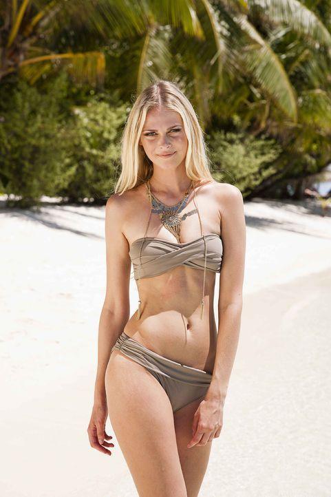 GNTM-Stf10-Epi13-Bikini-Shooting-Malediven-18-Darya-ProSieben-Boris-Breuer - Bildquelle: ProSieben/Boris Breuer