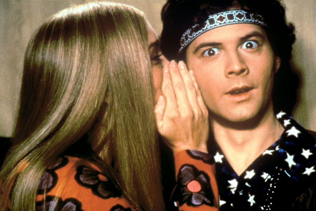 Greg (Christopher Daniel Barnes, r.) und Marcia (Christine Taylor, l.) verstehen sich immer besser ... - Bildquelle: Paramount Pictures