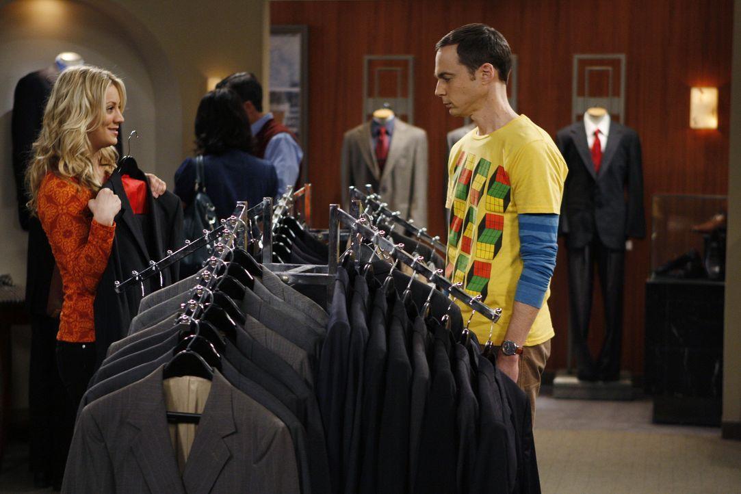 Sheldon (Jim Parsons, r.) hat den Wissenschaftspreis gewonnen und muss nun eine Rede halten. Penny (Kaley Cuoco, l.) ist ihm bei der Suche nach eine... - Bildquelle: Warner Bros. Television