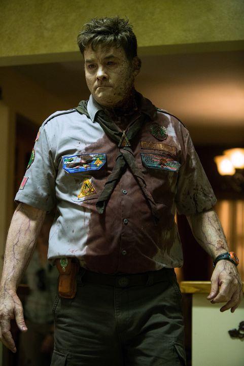 Will und will einfach nicht sterben: Pfadfinder-Chef Rogers (David Koechner, r.) ... - Bildquelle: Jamie Trueblood 2015 Paramount Pictures. All Rights Reserved.