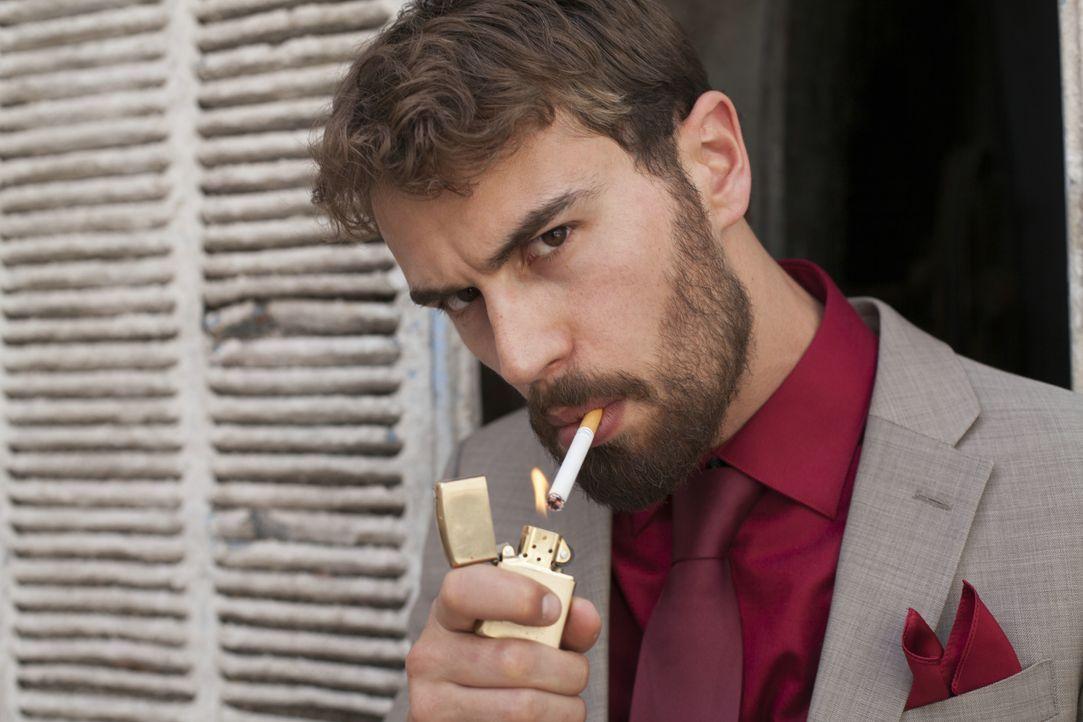 James Mangan (Theo James) - Bildquelle: Constantin Film Verleih GmbH