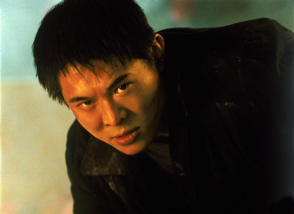 Gerät ins Fadenkreuz eiskalter Killer: Han (Jet Li) ... - Bildquelle: Warner Bros. Pictures