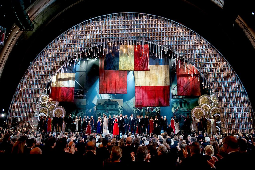 oscar-performance-les-miserables-13-02-24-dpajpg 1700 x 1132 - Bildquelle: dpa